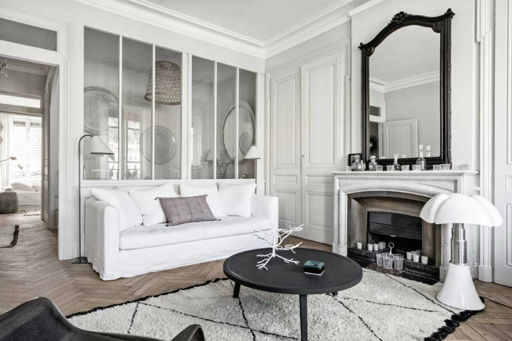 The Luxurious White Themed French Apartment Interior 2 Rooms Living Room