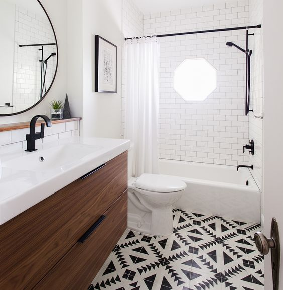 black and white bathroom 7