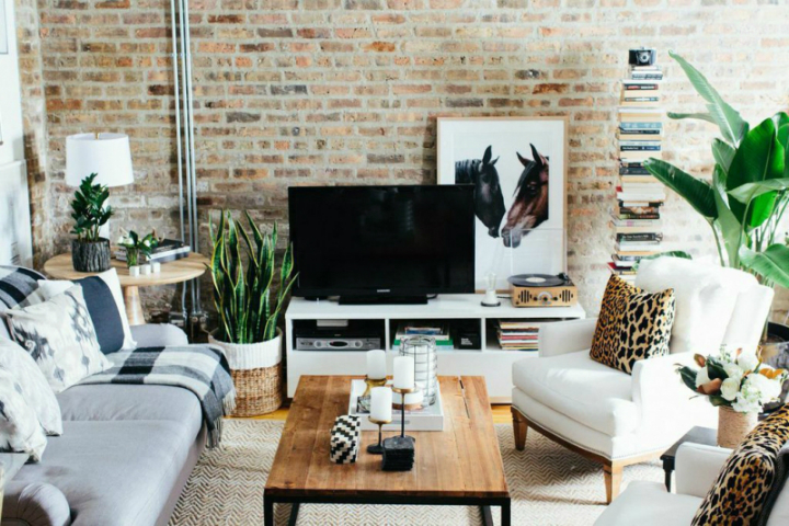 The Everygirl Cofounders' Amazing Chicago Home and Office 2
