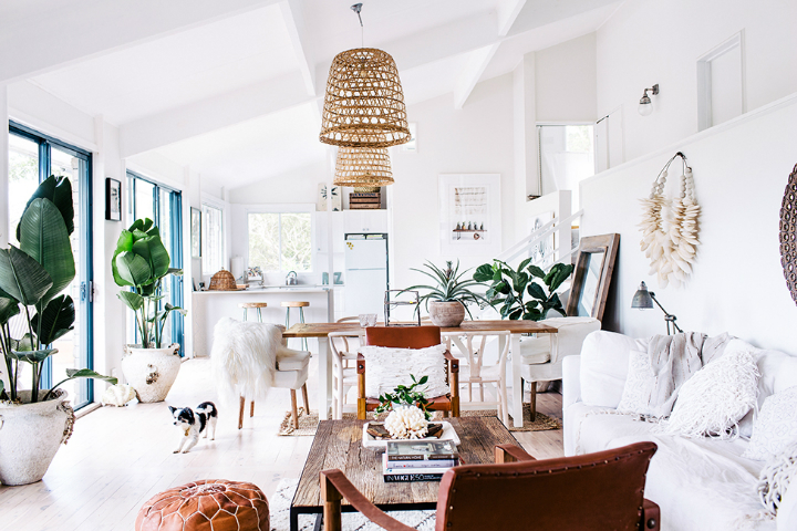A Breath of Chic: A Visit to Zoe Dent's Home 8