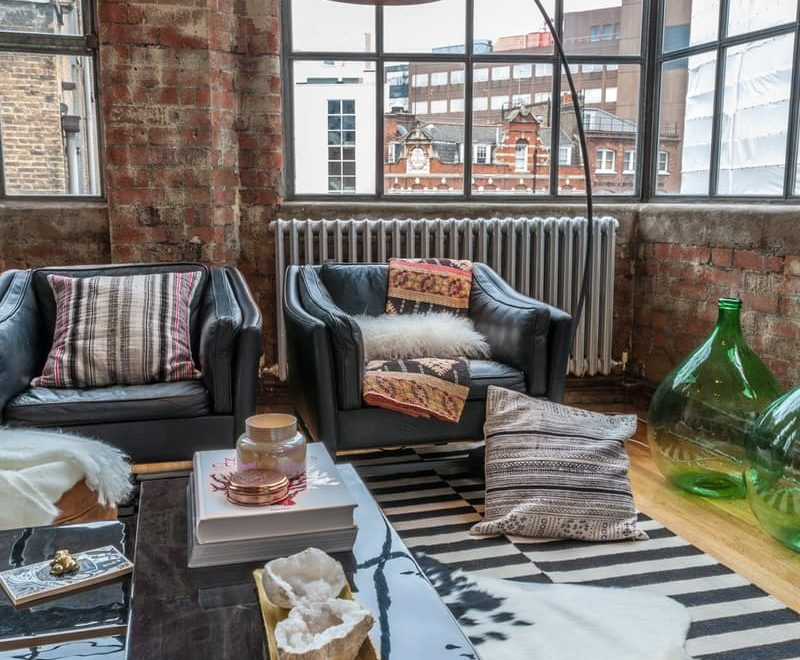 NYC Style London Loft Full Of Life And Colors