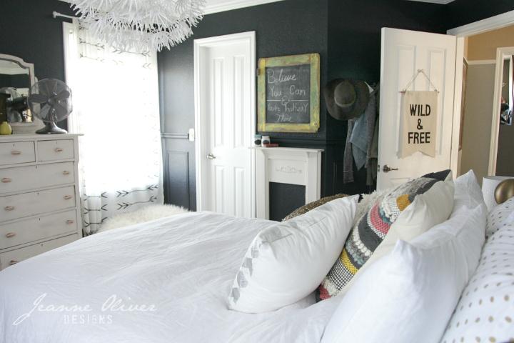 Amazing Teen Girl's Bedroom Makeover - Decoholic on Teen Rooms Girl  id=24768
