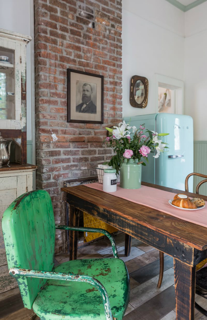 A New Orleans Shotgun Duplex with Vintage Charm