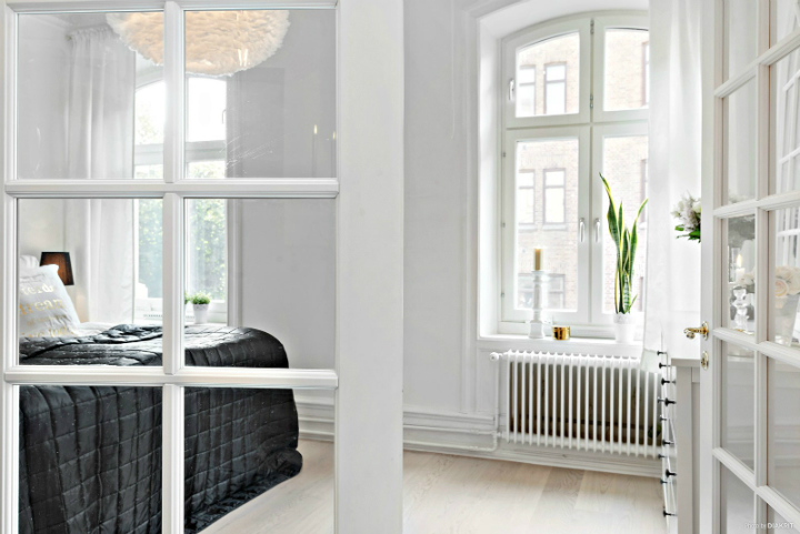 black and white small apartment decoration 4