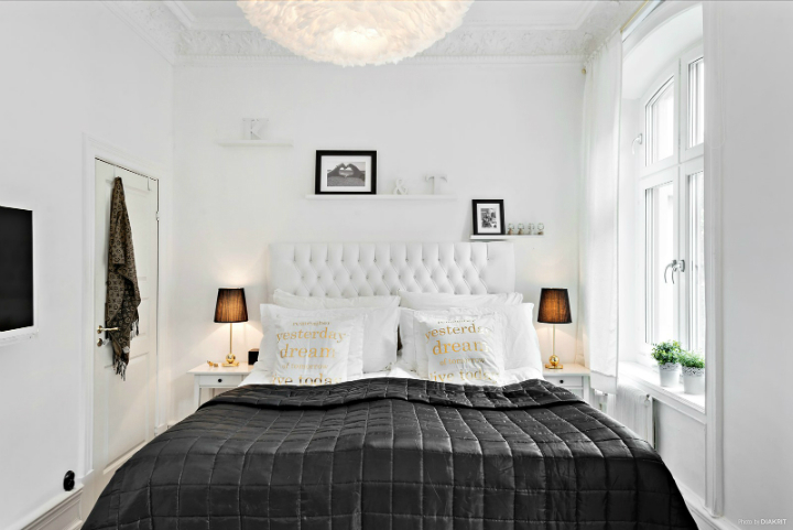 black and white small apartment decoration 5