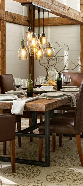10 ways to create a relaxed look dining room decoholic for Dining table lighting ideas
