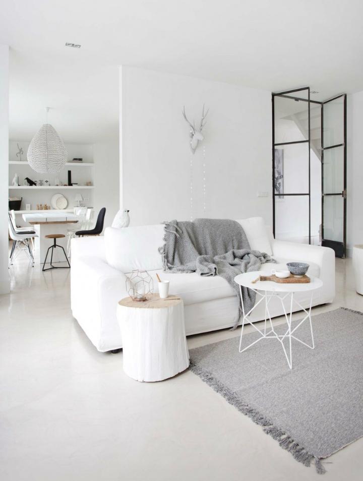 Sophisticated White-Themed Home 5