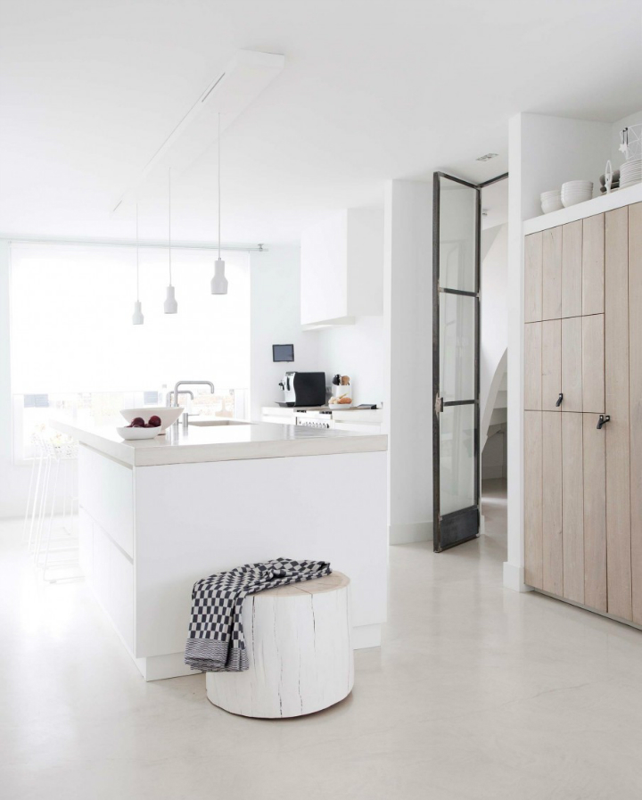 Sophisticated White-Themed Home 8
