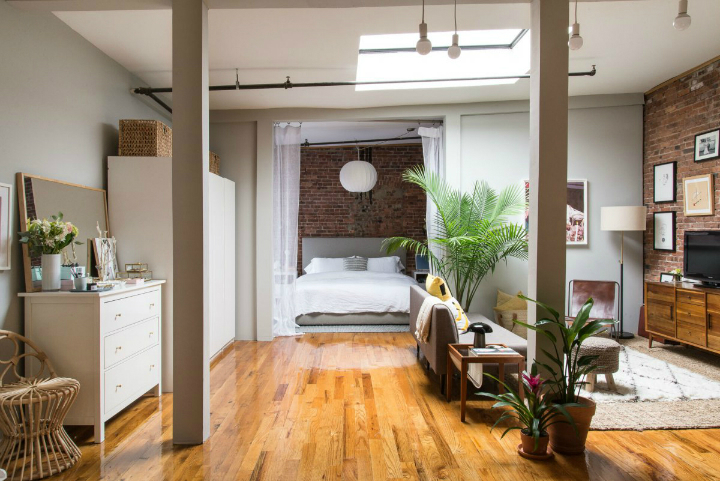 Art Lover's Chic Brooklyn Loft 10