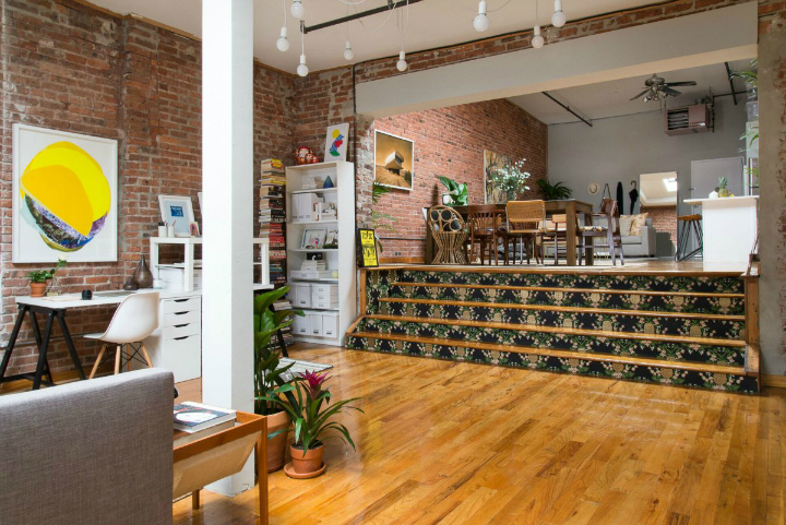 Art Lover's Chic Brooklyn Loft 7