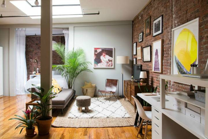 Art Lover's Chic Brooklyn Loft 9