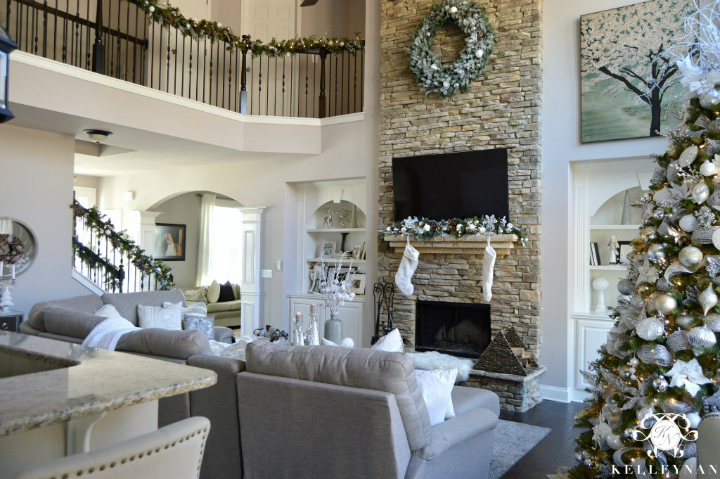 Designing and Decorating Your Home this Coming Christmas 37