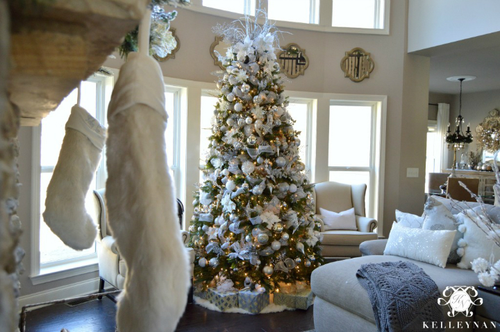Designing and Decorating Your Home this Coming Christmas 40