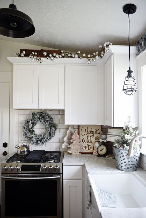 Cozy cottage Christmas kitchen
