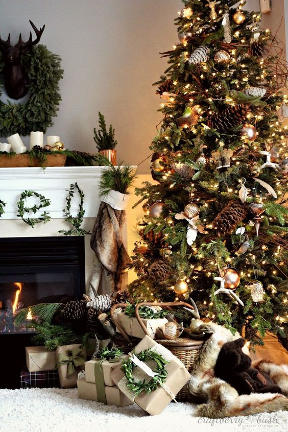 How Interior Design Bloggers Decorated Their Homes for Christmas 6