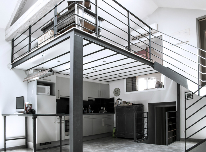 French Loft With Character 6