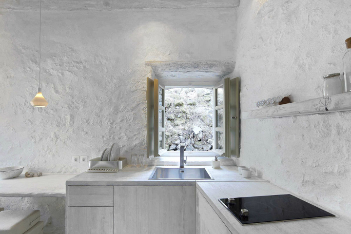 Stunning Atmospheric Villa On Nisyros Island 10