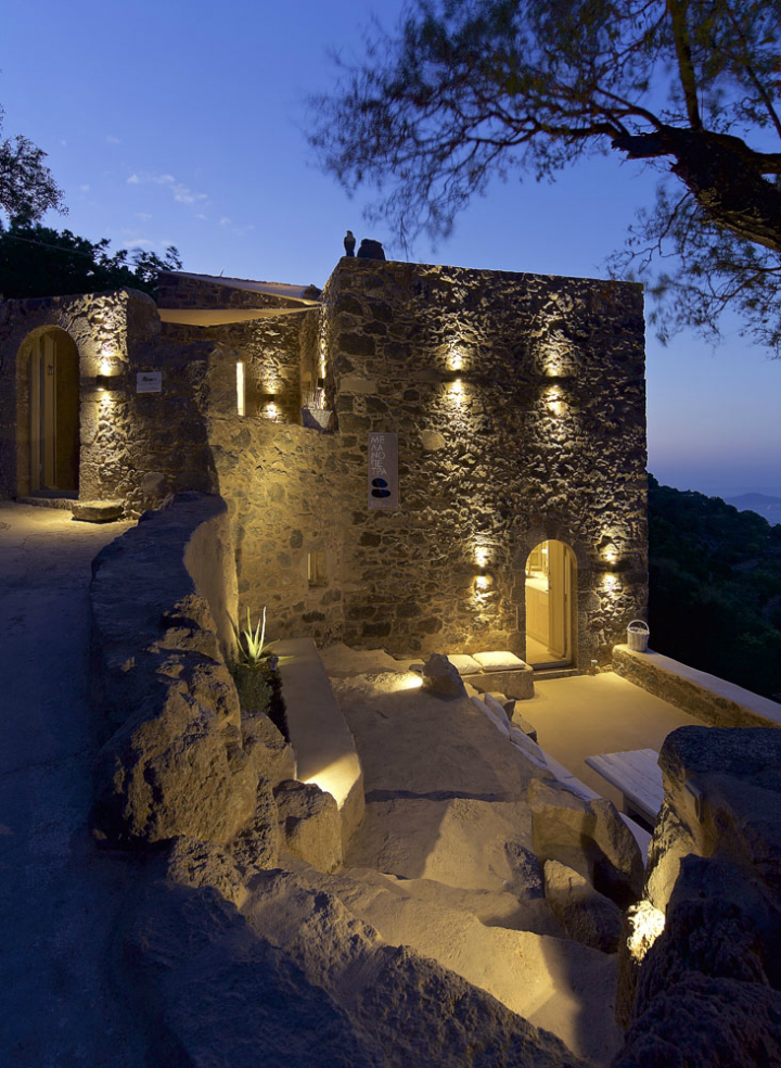 Stunning Atmospheric Villa On Nisyros Island 29