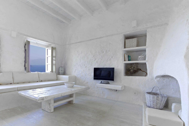 Stunning Atmospheric Villa On Nisyros Island 4