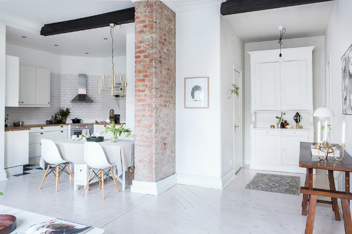 Exposed Brick and Intense White Create a Stunning Decor 17