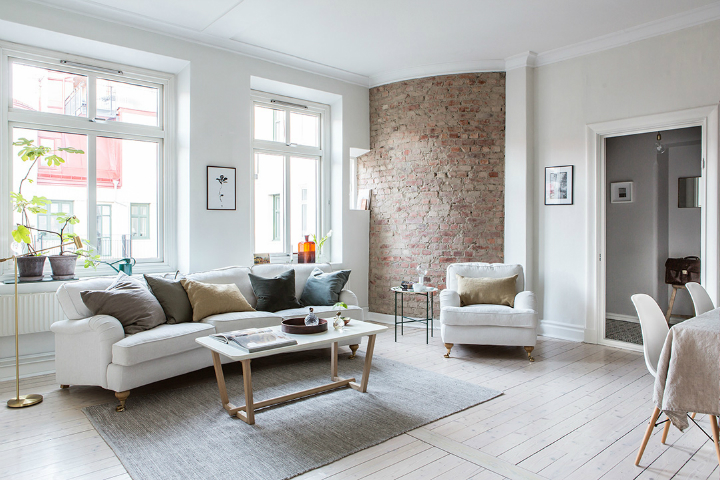 Exposed Brick and Intense White Create a Stunning Decor 19