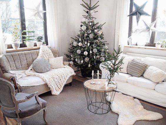 Holiday Highlights on a White Backdrop home decor 11