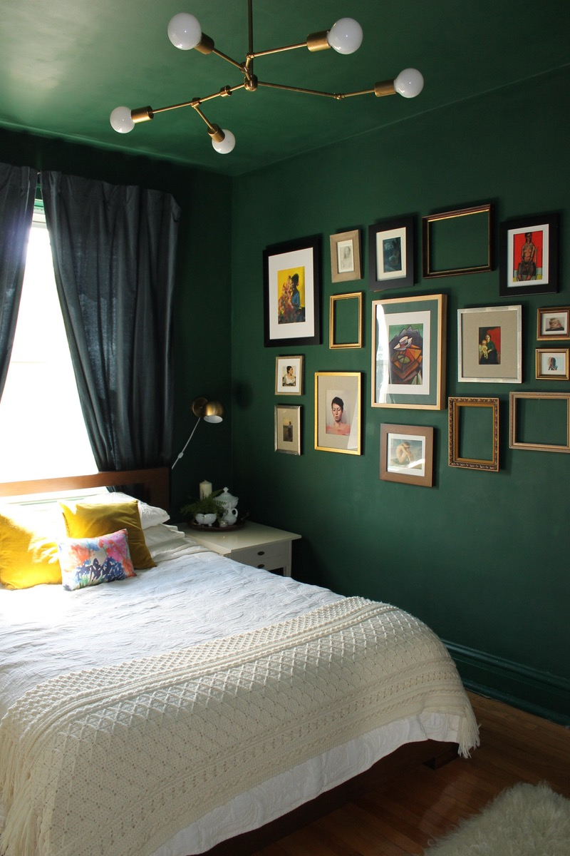 bold green bedroom walls