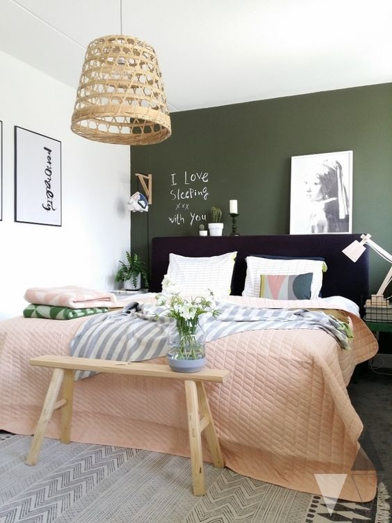 Green Bedroom Design Idea 2
