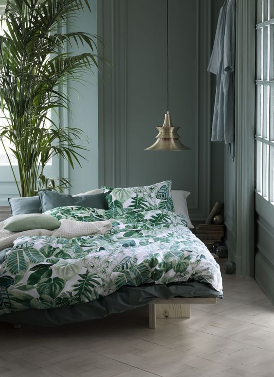 Great Green Bedroom Design Idea