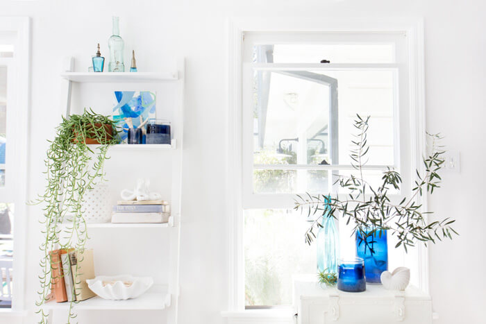 How to Create the Perfect Blue and White Sunroom 6