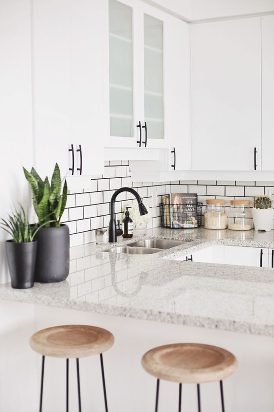 white kitchen design 9