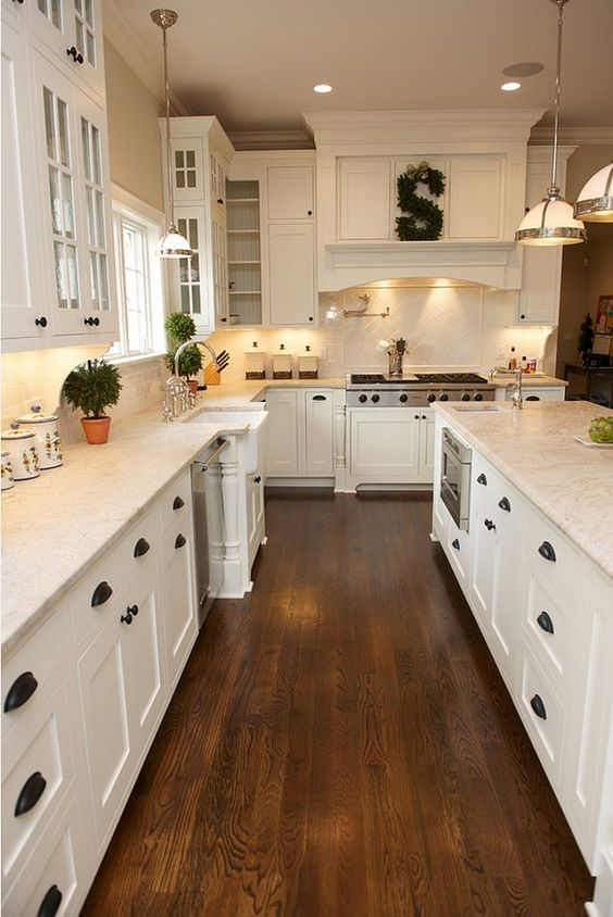 53 best white kitchen designs decoholic for White hardwood floors design ideas