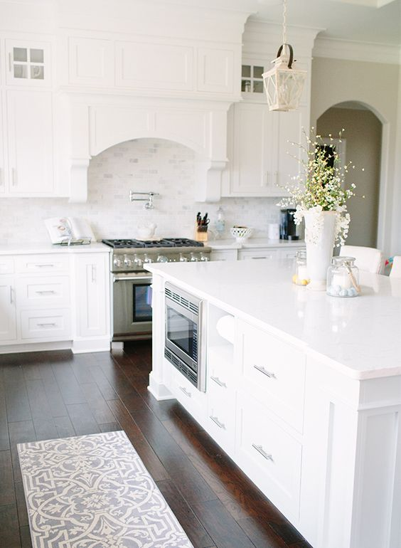 white kitchen design 35