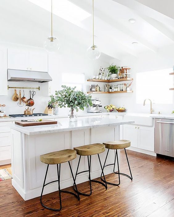 white kitchen design 40