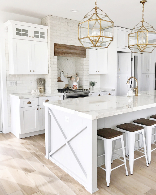 53 best white kitchen designs decoholic for White on white kitchen ideas