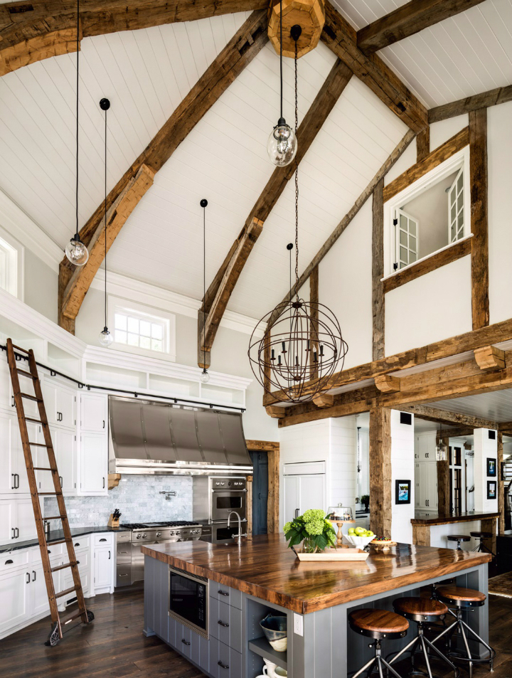 Dream Midwest Lake house with beautiful wood beams designed by Wade Weissmann Architecture. & Dream Midwest Lake House - Decoholic