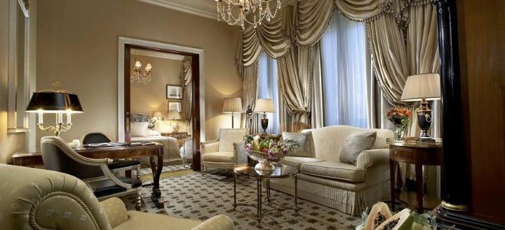 Hotel Grand Bretagne 2
