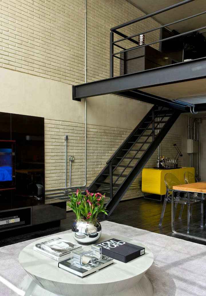 Contemporary Industrial Loft With A Warm Open Feel 8
