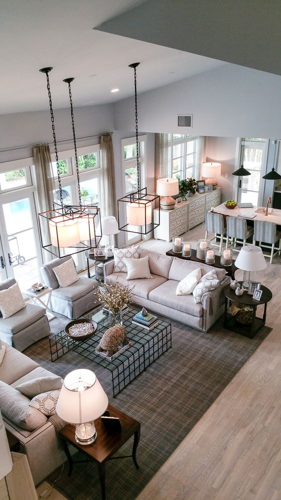 Family Living Room Designs: How To Make The Most Of A Large Living Space