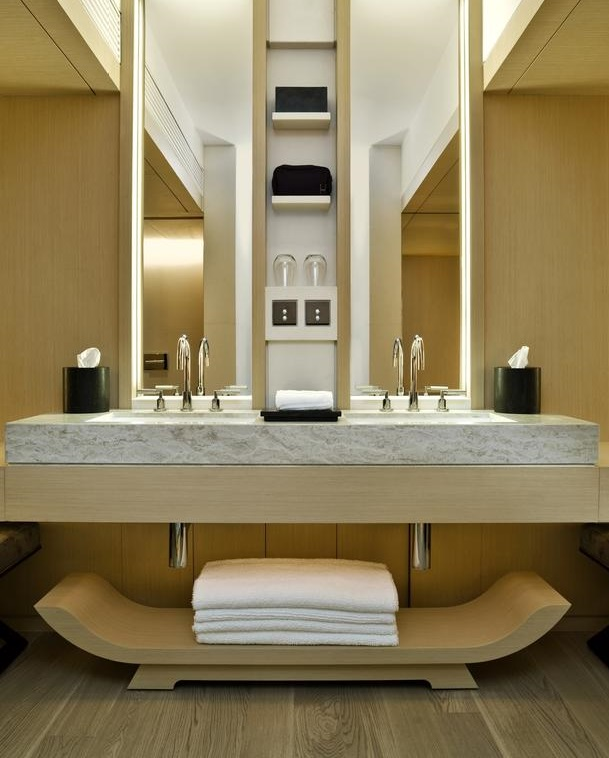 Luxury Hotel Style Bathroom design idea 7