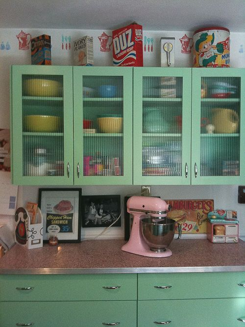 retro kitchen design idea 10