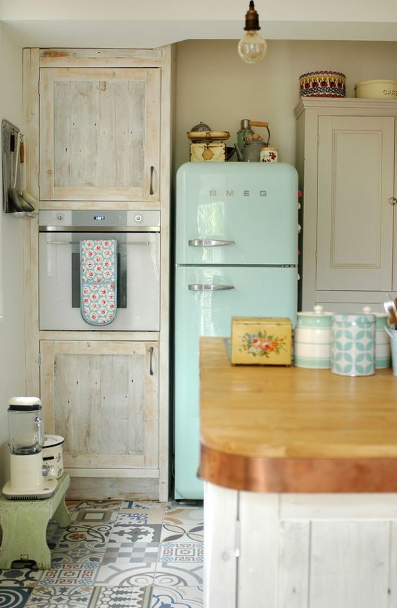 Retro Kitchen Design Idea 9
