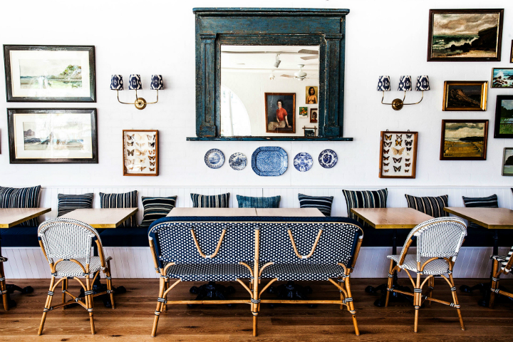 Boutique Hotel Filled With Amazing Collections of Antiques and Art 9