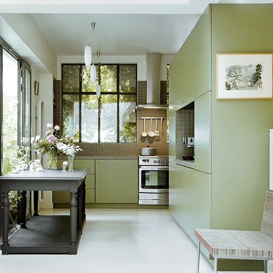 green kitchen design idea 19