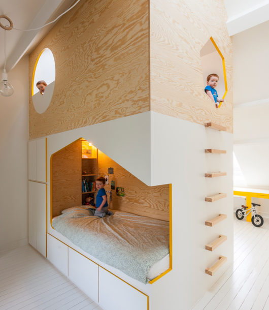 Brillant Minimalist House Bed