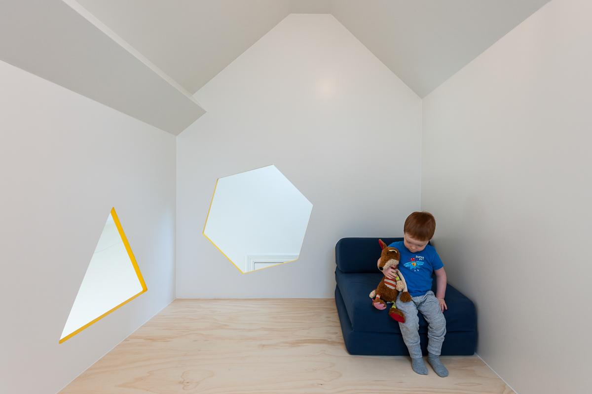 Brillant Minimalist House Bed 7