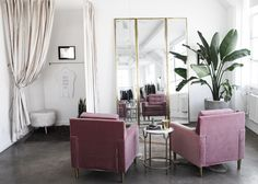 Effortless Chic and Luxe Interiors 11