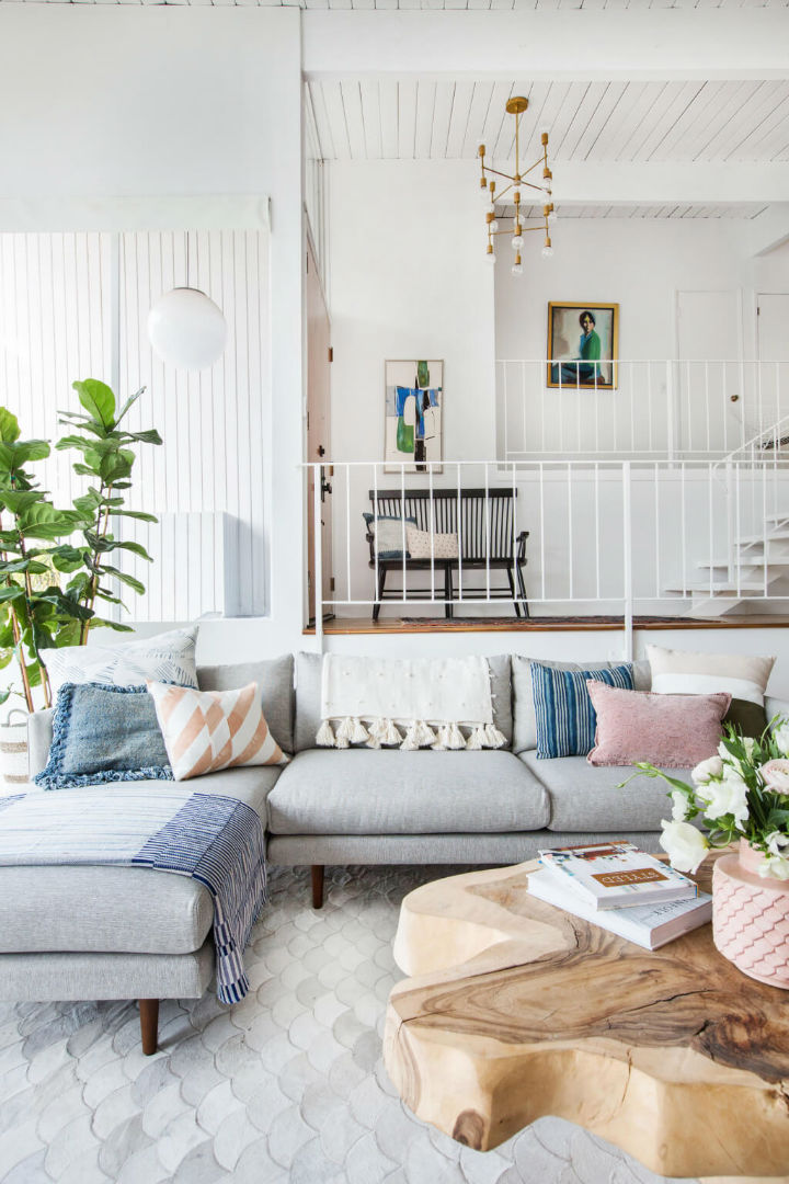 Emily henderson 39 s living room decoholic for Interiors design blog