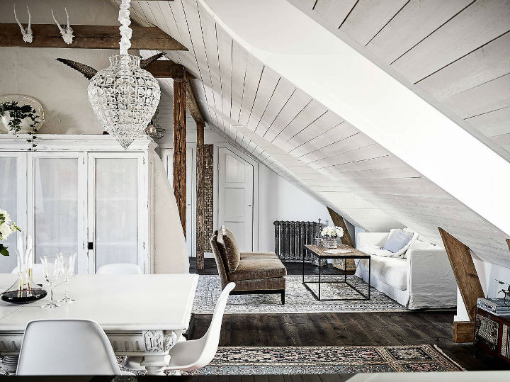 19th Century Style Scandinavian Farmhouse Decoholic