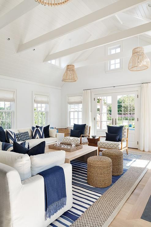 26 coastal living room ideas give your living room an awe for Beach house look interior design